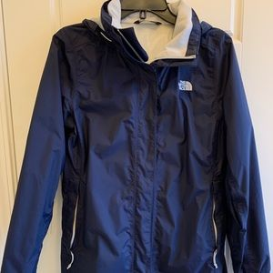 The North Face Women's Resolve Raincoat NF00CAE2